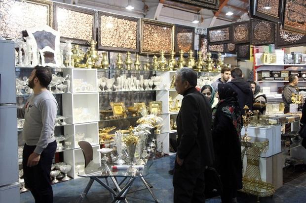 2 نمایشگاه تجهیزات آشپزخانه و فرش در قزوین گشایش یافت