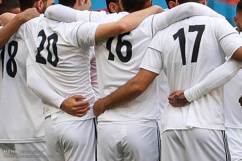 فرد ناشناس در تمرین تیم ملی فوتبال+ عکس