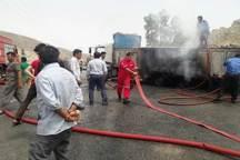 خودروی حمل ذرت در روستای دژسلیمان گچساران طعمه آتش شد
