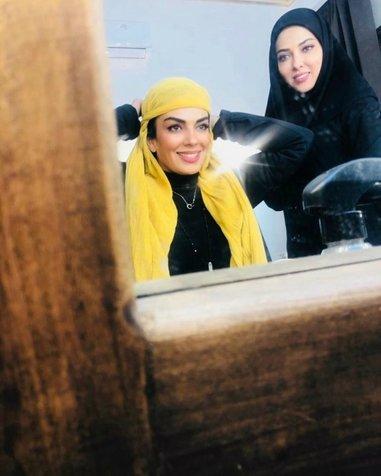 سارا خوئینیها و لیلا اوتادی در اتاق گریم سریال «گاندو»+ عکس