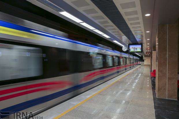 توسعه مترو، به حل مشکل ترافیک کلانشهر شیراز کمک خواهد کرد