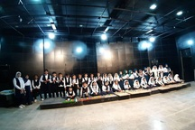جشن پایان دوره موسیقی کودکان درخورموج بوشهر برگزار شد