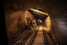 توقف قطار شهری اهواز در تونل تناقض گویی ها