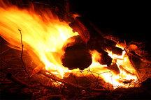 آتش در تپه نورشهدا ایذه مهار شد