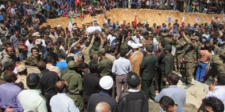 تدفین پیکر مطهر 2 شهید گمنام در بخش دیشموک کهگیلویه