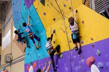 مسابقات سنگنوردی استعدادهای برتر ورزشی در زنجان آغاز شد