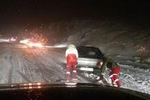 80 خودروی گرفتار برف و کولاک توسط نیروهای هلال احمر در آوج رهاسازی شدند