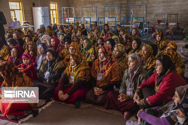 برگزاری همایش زنان هنرمند ترکمن و چند خبر کوتاه از گلستان