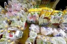 400 مددجوی ایوانی سبد غذایی دریافت می کنند