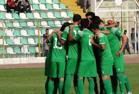 کمک  700 میلیون ریالی به باشگاه فوتبال خیبر خرم آباد