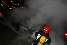 خودرو سواری در محور پیرانشهر - تمرچین در آتش سوخت