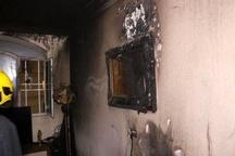 کرسی قدیمی و منقل برقی کانون آتشخانه   محبوس شدن دو تن  در میان دود+تصاویر