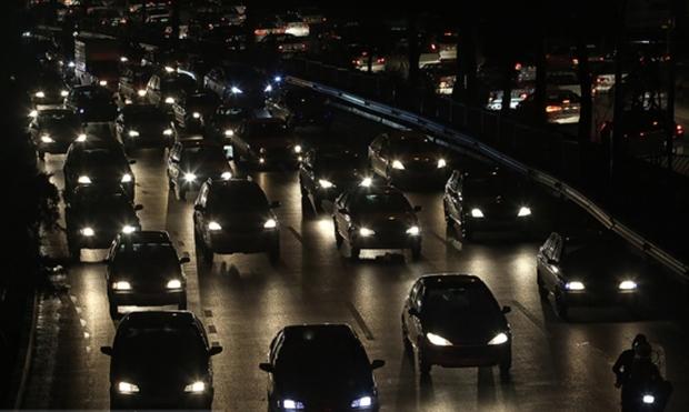 ترافیک در بیشتر محورهای مواصلاتی قم سنگین است
