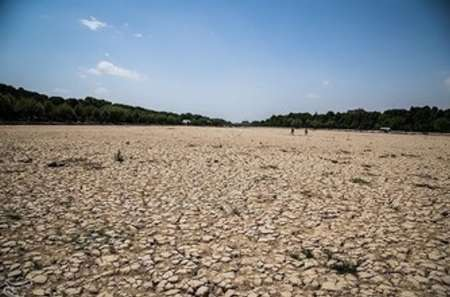 افت 26 متری آب در دشت شهرکرد
