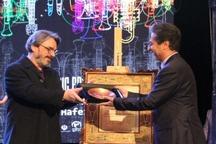 شهروندی افتخاری شیراز به حسین علیزاده تقدیم شد