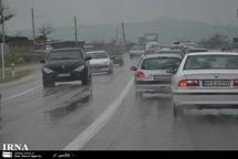 بارش باران جاده کرج -چالوس را لغزنده کرده است