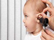 علائمی که نشان می دهد گوش کودکتان عفونت کرده