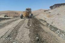 دستور استاندار قزوین برای آسفالت یک راه روستایی