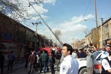 کنترل آتش سوزی در بازار زرگرهای کرمانشاه؛ احتمال ریزش آوار وجود دارد افزایش مصدومان حادثه به ۶ تن