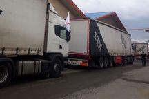 6 تریلر کمک های مردمی از کردستان به پلدختر ارسال شد