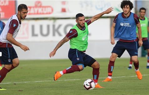باشگاه ترکیه ای به دنبال تمدید قرارداد با مدافع ایرانی