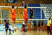 مسابقات والیبال چهارجانبه استان یزد آغاز شد