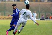 تیم های فوتبال استقلال خوزستان وذوب آهن به تساوی رضایت دادند