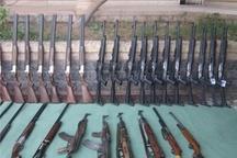 ریگانیها 62 قبضه سلاح تحویل دادند