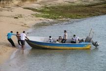 مسافران از رفت و آمد با شناورهای غیراستاندارد دوری  کنند