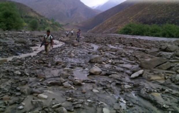 کوه پیمایان گرفتار در سیل نیشابور نجات یافتند