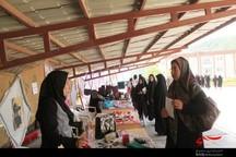 بازارچه تولیدات دانشجویی در سبزوار برپا شد