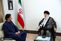 رهبر معظم انقلاب: اگر کسی شروع کننده جنگ در مقابل ایران باشد، بدون تردید پشیمان خواهد شد/ پایان درست جنگ یمن تأثیرات مثبتی در منطقه خواهد داشت