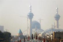 ریزگردها آسمان اصفهان را تصاحب کردند  هوای استان در مرز هشدار