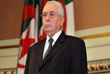 فرمانده ارتش الجزایر خواستار برکناری بوتفلیقه شد/ رئیس پارلمان الجزایر رئیس جمهور موقت این کشور می شود+عکس