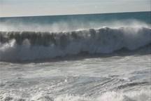 ارتفاع موج در سواحل سیستان و بلوچستان به سه متر رسید