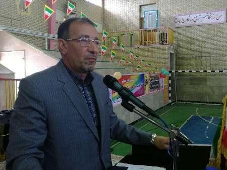 فرماندار قصرشیرین: آموزش و پرورش کارخانه تولید فکر و اندیشه است