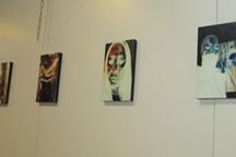 برپایی نمایشگاه عکس سلف پرتره در لاهیجان توسط یک بانوی هنرمند مازندرانی