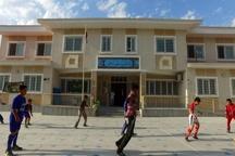 تجهیز و نوسازی مدارس فرسوده آستارا در اولویت قرار بگیرد