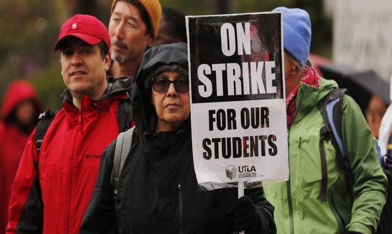 عکس/ اعتصاب معلمان آمریکایی