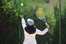 مسابقات تنیس خاکی بانوان کشور در اراک آغاز شد