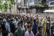 گزارش آسوشیتدپرس از ناآرامی های پراکنده در ایران: بازار در اختیار محافظه کاران است