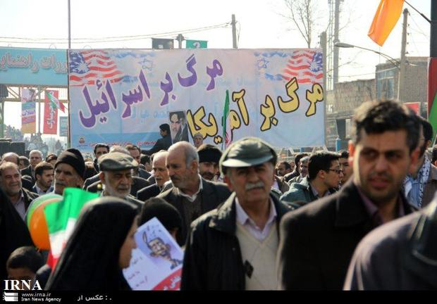 امام جمعه ورامین مردم را به شرکت درراهپیمایی 22 بهمن دعوت کرد