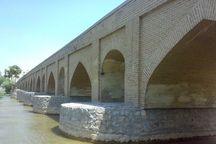 نگاه به پلهای تاریخی باید کاربردی و منظری باشد