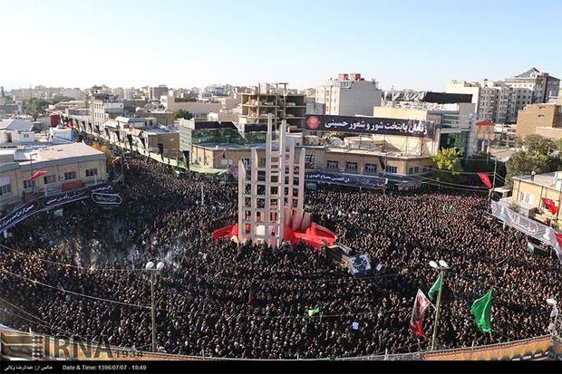 زنجانی ها در اسکان زائران حسینی مشارکت می کنند