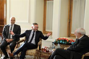 وزیر مشاور در وزارت امور خارجه آلمان در دیدار با ظریف: برجام برای آلمان اهمیت دارد
