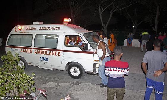 تصاویر/ انفجار در نزدیکی کاخ ریاست جمهوری سومالی