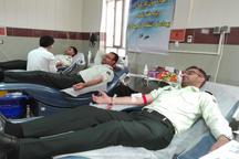ساکنان گچساران 77 هزار و 940 لیتر خون اهدا کردند