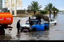 مشکل آفرینی دریاچه های حواشی خیابان و میدان های شهر بوشهر سه روز پس از بارندگی