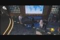 دوشیدن شیر الاغ در یک برنامه تلویزیونی توسط داور مسابقه