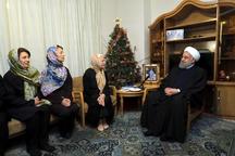 دیدار رئیس جمهور روحانی با خانواده شهید ارمنی «ژرژ کشیش هارطون»